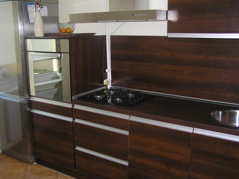 Virtuvė-105